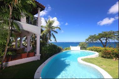 Luxurious 3-bed Villa with Stunning Garden Views at Cap Maison Luxury Resort
