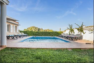 Villa with pool and tourist licence in Mahon