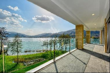 Muzzano: penthouse apartment for sale in front of Lake Lugano with rooftop terrace