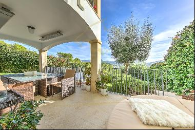 Luxury apartment Port Andratx with large terrace