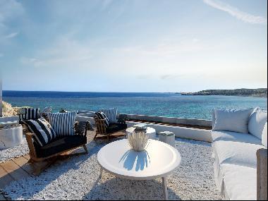 Your Dream Villa on the Coast