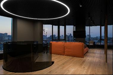Penthouse with a panoramic view of Kyiv in the center of the Pechersk district