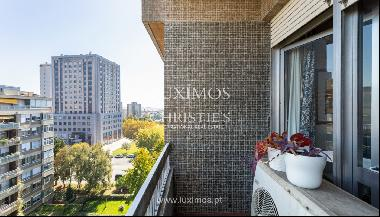 3+1 bedroom apartment with balconies, for sale, in Boavista, Portugal