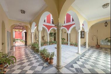 Flat in the centre of Seville with unique views