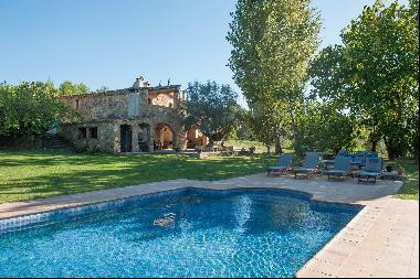 Wonderful rural house a few minutes from Girona