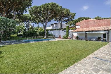 Expansive and Bright Estate in Maresme