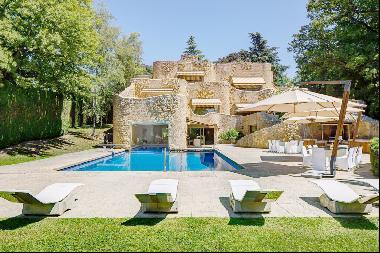 Superb property with view over the lake