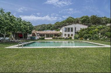 Exclusive historical mansion with more than 72 hectares